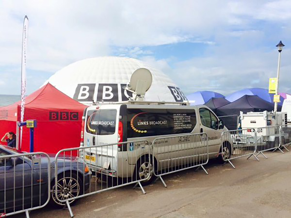 Weblink Vehicle Bournemouth Beach Links Broadcast