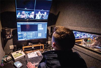 Production Trailer OB Vans Links Broadcast 01