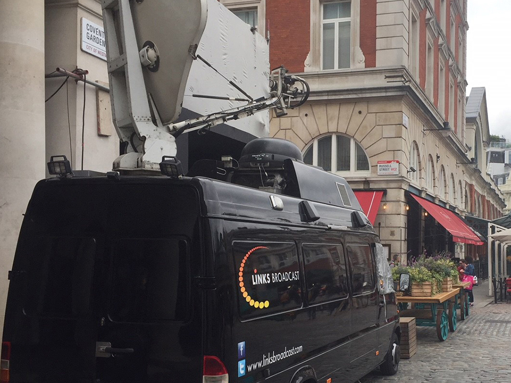 S800 Covent Garden Landscape Links Broadcast